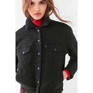 Levi's Ex-Boyfriend Sherpa Trucker Jacket, L